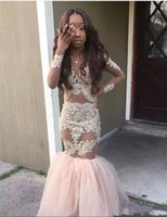 2017 Black Girl Prom Dresses Stile sirena Appliques oro maniche lunghe abito da sera Arabia Saudita Tulle Sexy Girls Pageant Dress