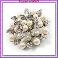 Wholesale Vintage Leaf Pin Brooch - Vintage Style Diamante Crystals And Faux Peal Leaf Flower Pin Brooches BQ0077 High Quality Elegant Flower Wedding brooch Pin