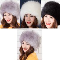 Moda Faux Fur inverno caldo della signora Women russo Cossack stile casual  Equipaggiata soft cap cappello da sci senza tesa Skullies Berretti Berretti a9d1b395fe8a
