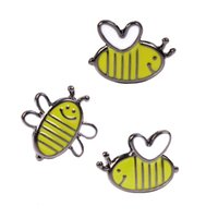 Wholesale Wholesale Flies China - Cute Small Flying Bumblebee Honey Bee Enamel Lapel Pin Hat Shirt Coat Jacket Accessories Enamel Pins Wholesale