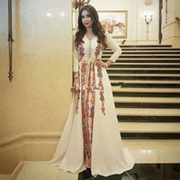 vestido vestido mujeres musulmanas al por mayor-Elegante vestido de noche musulmán Kaftan marroquí Robe De Soiree Dubai apliques de encaje vestido formal de manga larga vestido de fiesta de las mujeres