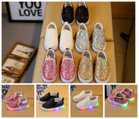 Wholesale flat round led - baby LED shoes Sequins children Boys girls Glowing Casual Shoes Fashion Footwear Children Slip On Sneakers Flats KKA3348