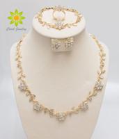 ingrosso collane africane per le donne-Gli orecchini dell'anello del braccialetto della collana di cristallo di modo mette l'oro / argento placcato le donne eleganti africane regali del partito Insiemi dei monili di costume,