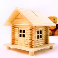 spielzeugkastenteile großhandel-Holzhaus Sparschwein Chalet Modell 68 Teile diy Hütte Modell Spardose montiert Spielzeugkabinen Spardose Neujahr Geschenke