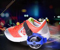 chaussures de patinage achat en gros de-Enfants Scooter Enfants Sporting Poulie Lumineux Clignotant Roues À Roulettes Talon Patins À Roulettes Patins Roues Chaussures Skate Rouleau c197
