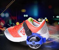 patinaje sobre ruedas al por mayor-Niños Scooter Niños Polea Deportiva Iluminado Parpadeante Ruedas Ruedas Talón Skate Rollers Patines Ruedas Zapato Skate Roller c197