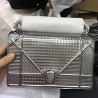 Wholesale Bright Hand Bags - New European style luxury fashion women's leather should bag hand bag bright metallic cortex sexy party package