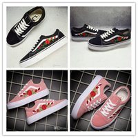 2017 Hot SELL X AMAC Costumes Embroided Rose Skate Shoes Mulheres Homens Preto Rosa Branco Classic Sport Casual Canvas Old Skool Sneakers 36-44