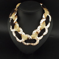 Wholesale Rolls Store - Trendy Statement Necklace Twist Chain Rolling Cross Shape Lady Statement Necklace With Alloy Chain Online Jewelry Stores 3027