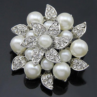 Wholesale austria pin - Amazing Flower Vintage Silver Brooch Faux Pearl And Austria Crystal Leaf Flower Lady Costume Jewelry Pin Bridal Bouquet Buckle Pin
