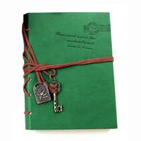 cadernos em couro venda por atacado-Atacado-Atacado Classic Retro Couro Encadernado Páginas em branco Diário Diário Notepad Notebook Verde 143 * 105 * 20mm.