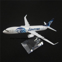 Wholesale Airlines Metal - Wholesale-16cm Alloy Metal EGYPT AIR Airlines Airplane Model Boeing 737 B737 800 Airways Plane Model W Stand Toy Gift