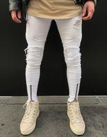 erkek beyaz kopmuş kot toptan satış-Beyaz Yırtık Sıska Kot Biker Erkek Marka Erkekler Rahat Düz Kot 28-38 Ince Denim Markalar Kot Homme Pantolon J171116