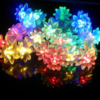 Venda Por Atacado - Beautiful Solar Powered Lotus Flower 9.5M 50 LED Fairy String Light para Decoração Garden Party
