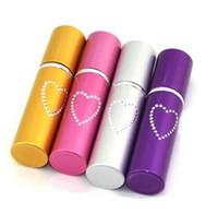estilo de pimienta al por mayor-Dispositivo de autodefensa 20ML Pepper Spray Estilo de lápiz labial con forma de corazón Pepper Spray