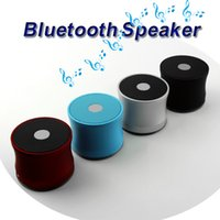 ücretsiz kutu mp3 toptan satış-Bluetooth Mini Hoparlör EWA A109 Taşınabilir Hoparlörler Kablosuz Mic Mikrofon Ses Kutusu TF Kart Yuvası MP3 Çalar Eller-Serbest Cep Telefonu Süper Bas