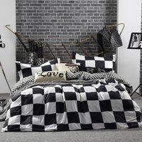 Wholesale Classic Bedding Sets - Wholesale- 2016 New Bedding Set in Queen Full Size Duvet Cover Bed Sheet Sets Classic Black and White Home Textile Bedding Sets