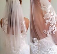 velo al por mayor-Recién llegado Velos de diamantes Diseño corto Velos de novia individuales 2016 Nupcial hasta la cintura con peine