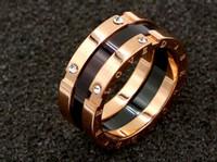 goldschmuck südkorea großhandel-Südkorea Titan Stahl Schmuck schwarz Rose Gold Wild Gap vier Diamanten Rose Gold Ring Mädchen Zubehör
