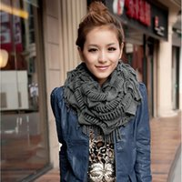 Atacado-5 Cores Mulheres Quente Chunky Fringe Layered Neck Knit Baixada Círculo Scarf Tassel
