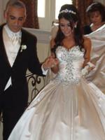 taffeta schnüren sich oben kristallhochzeitskleid großhandel-Moderne Sparking Kristall Brautkleider ballkleid 2016 Vestidos de Novia Taft Monarch Zug Zurück Lace Up Hohe Qualität Einfache Brautkleider