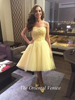 Wholesale Strapless Indian Dress - Arabic Light Yellow Short Prom Dresses Knee-Length Abendkleider Lace Applique Beaded Masquerade Indian Homecoming Party Gowns Cocktail Dress