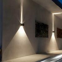 siyah duvar aydınlatma armatürü toptan satış-LED 12 w Dış Duvar Işık Yukarı Aşağı IP65 Su Geçirmez Beyaz Siyah Modern Aplik Duvar armatürleri Lamba 220 V 110 V Dış Ev Aydınlatma