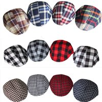 Hot Classical BOY Berets Grid Ball CAPS Bebê Crianças Spring Baby Hats Inglaterra Style Caps Baby Beanie Hats Have Stock