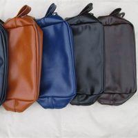 43c4b587047 Atacado homens de couro Toiletry Bag Dopp Kit Shaving Bag Case Waterproof  Forro de Couro Groomsmen