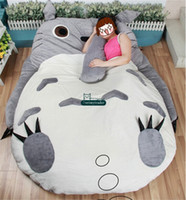totoro bed venda por atacado-Dorimytrader 200 cm X 160 cm Japão Anime Beanbag Macio Plush Totoro Cama Tapete Tatami Colchão Sofá 2 Modelos Agradável Presente Frete Grátis DY60327