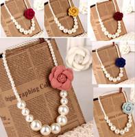 perlenkette brosche großhandel-AUF LAGER 2019 Kinder Mädchen Perlen Halskette + 3D Blume Brosche Baby Mädchen Prinzessin Schmuck Babys Mode-Accessoires
