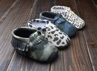 Wholesale Infant Leopards Shoes - Baby First Walker moccs Baby moccasins soft sole moccs leather camo leopard prewalker booties toddlers infants bow leather shoes 201504HX