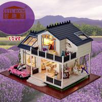 casas en miniatura hechas a mano al por mayor-Venta al por mayor - Bricolaje de madera en miniatura Casa de muñecas Kits de muebles de juguetes artesanales hechos a mano Modelo en miniatura Kit de casa de muñecas Juguetes Regalo para niños A032
