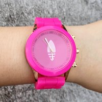 Wholesale Ad Round - Casual AD Clover Women's Girls 3 Leaves leaf style dial Silicone band Analog Quartz watch AD16