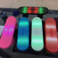 BT03L flash LED Calcio altoparlanti Scooter Mini Bluetooth Wireless Subwoofer stereo 50pcs Skateboard altoparlanti up