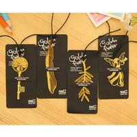 marca livros venda por atacado-Elegante Banhado A Ouro Oco Animal Marcadores de Penas Livro Marca de Escritório, Alta qualidade, Hot, frete grátis