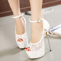 Bridal White Lace Wedding Shoes Designer Shoes Tornozelo Strap 16CM Sexy Super High Heels sapatos de vestido de baile 2 cores TAMANHO 35 PARA 40