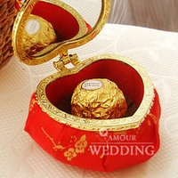 Wholesale Hot Box Events - 20PCS LOT Wholesale Wedding Favors Party Supplies Event Gift Candy Boxes Case Bag Chinese Style Heart Shaped Hot Sale New Design