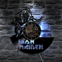 art mural de fer moderne achat en gros de-Iron Maiden Art Applique Murale Décorative Avec Horloge CD Vinyle Disque LED Éclairage Mural Avec Changement De Couleur Moderne Décor À La Maison