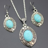 New Arrival One Set Estilo retro Tibet Silver Oval Turquoise Stone Pendant Dangle Earrings Alloy Necklace
