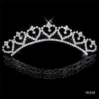 legierungsbestand großhandel-Beliebte Legierung Glänzende Strass Crown Hochzeit Braut Tiaras Kristall Kronen Für Braut Silber Überzogene Hochzeit Auf Lager 2015 Günstige 18016