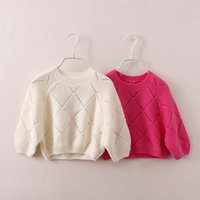 Winter-Baby-Mädchen-Pullover-Strickjacke-Kind-Strickwaren-hohle Strickwaren-hohle weiche Kontrolleur-lose Kleidung 5pcs / lot 2 Farben A0184
