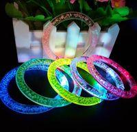 führte halloween ring großhandel-LED Flash Armband Glitter Glow Light Hand Ring Sticks Luminous Crystal Gradient Bunte Bangle Atemberaubende Dance Party Weihnachtsgeschenk