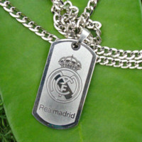 sport metal supplies - Hot Fans Supplies Soccer Club Real Madrid Necklace Pendants Sport Metal Badge Real Madrid Hanging Ornament Accessories