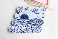 Atacado-quente! 24pcs / Lot, Love Of azul branco Porcelain Tin Pencil Box / Lápis Case / Tin Pencil Box