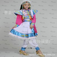 Wholesale Autumn and ethnic clothing company annual meeting of Mongolian folk costumes performance clothing factory outlets