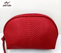 AdiYate Famous Brand Cosmetic Bag Cosmetici per ricevere il pacchetto Make up Bags Red Leather Cosmetic Bag Lovely Cute Handbags