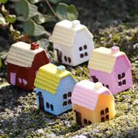malzeme çince toptan satış-Çin Tarzı Ev Mini Kulübe 5 Renkler Rastgele DIY Malzeme Moss Teraryum Mikro Peyzaj Succulents Süsler Peri Bahçe Masaüstü Zakka