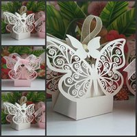 2015 Novo casamento favor Butterfly Laser Cut Casamento caixas de doces Gift Bags DIY Baby Shower doces caixas para Wedding Decoration Supplies