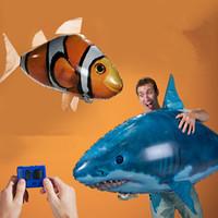 balão dos peixes do controle remoto venda por atacado-24 pçs / lote Tubarão Nadador Tubarão Clownfish Conjunto Peixe Voador Palhaço Peixe de Controle Remoto Balão Brinquedos Infláveis para Crianças IC928